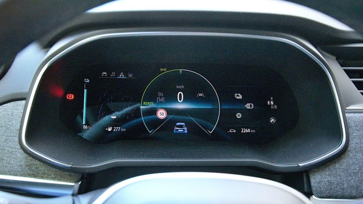 Renault a Dacia omezí maximální rychlost svých aut