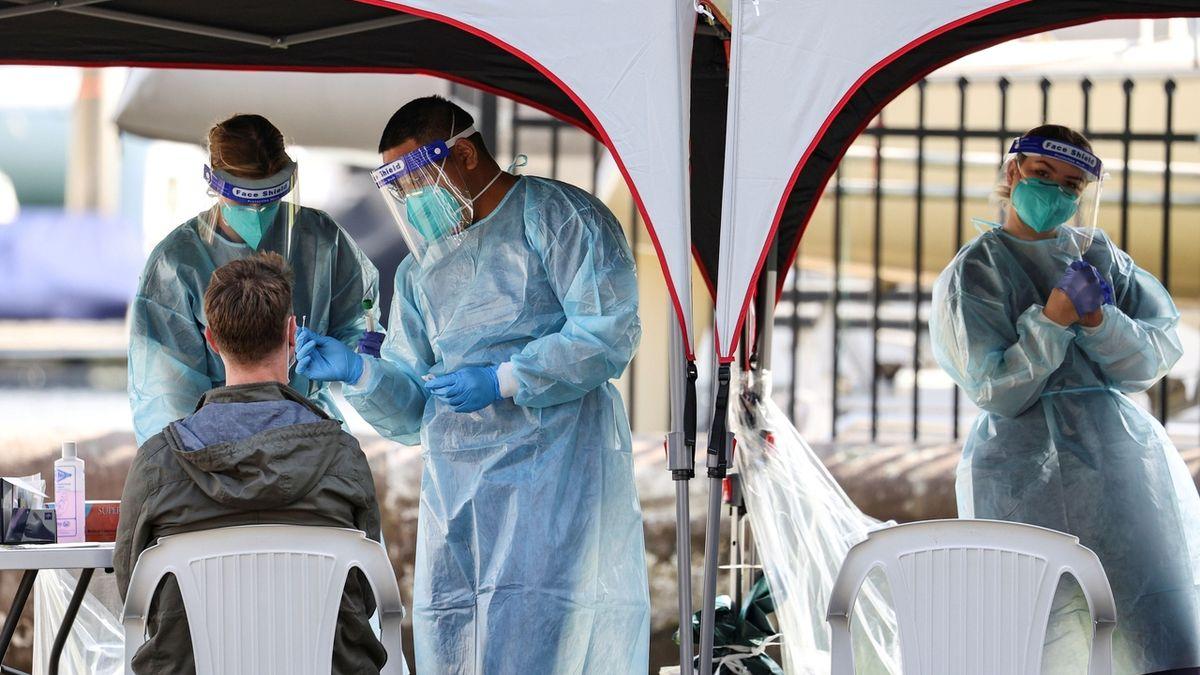 Ve středu byla v Česku nákaza koronavirem prokázána u 201 lidí
