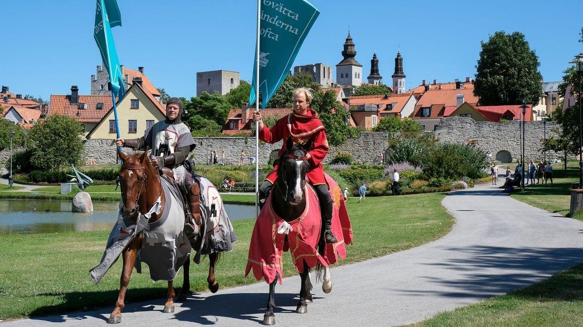 Na Gotlandu dohlížejí na dodržování koronavirových opatření rytíři