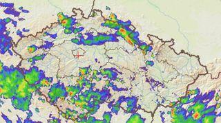 Českem se proženou další bouřky s přívalovými dešti a kroupami