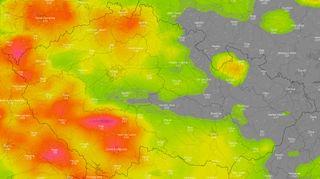 Česko zasáhnou silné bouřky a další vedra, varovali meteorologové