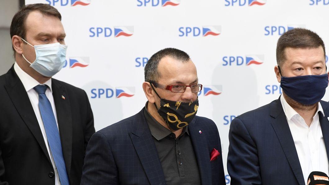 SPD zrušilo kvůli volebnímu debaklu pražskou buňku
