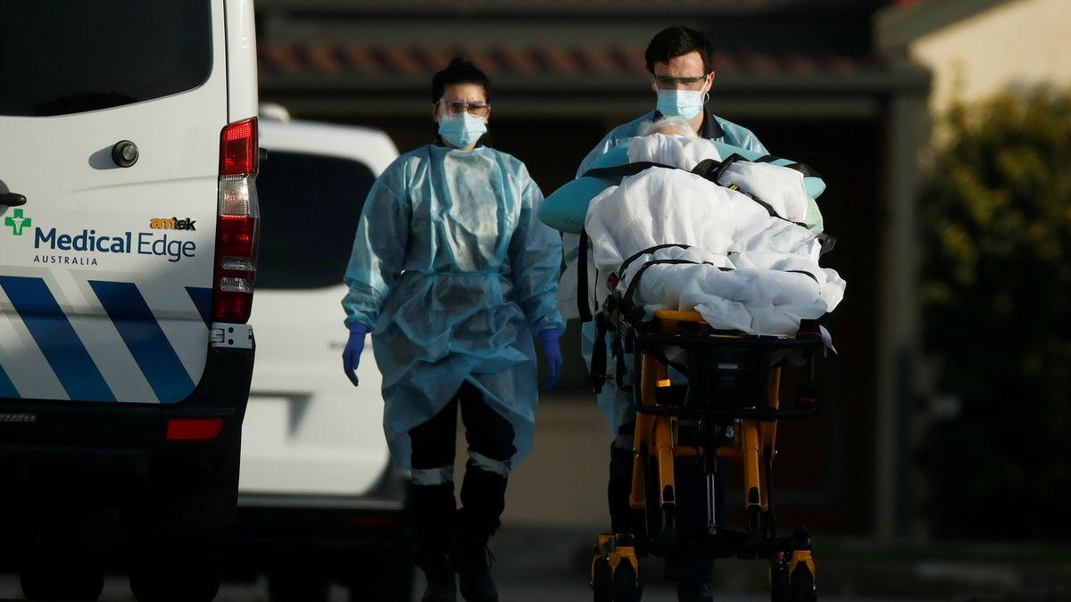 Nově nakažených koronavirem v Česku razantně přibývá
