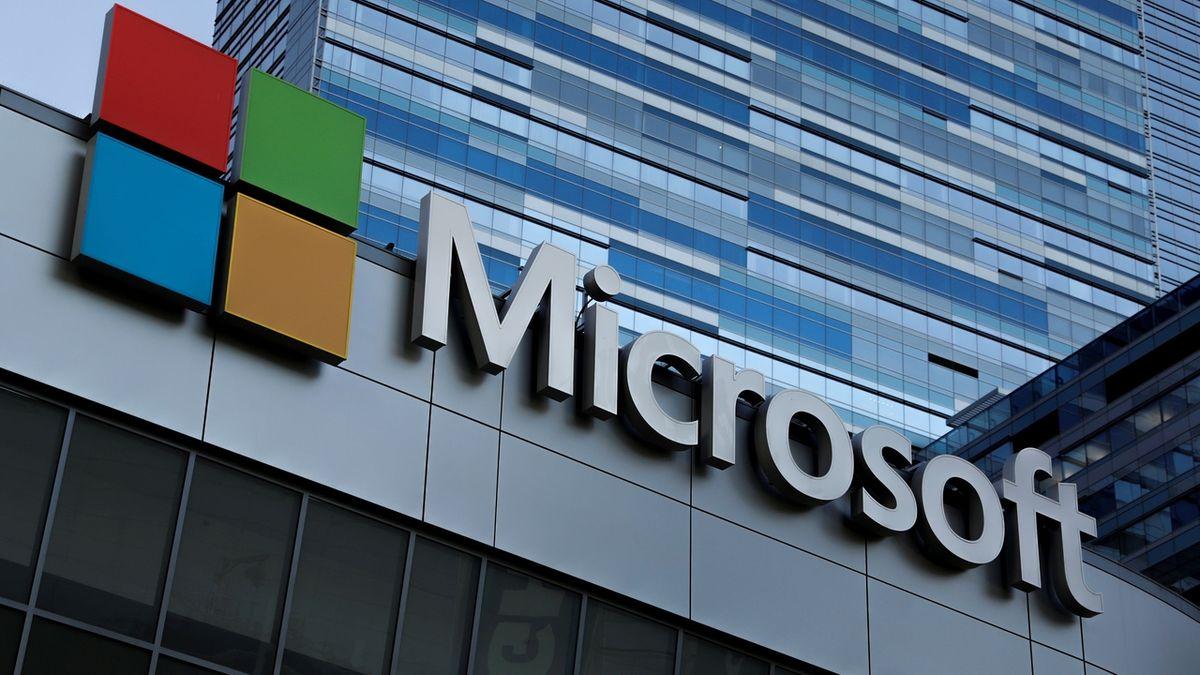 Tržní hodnota Microsoftu překonala dva biliony dolarů