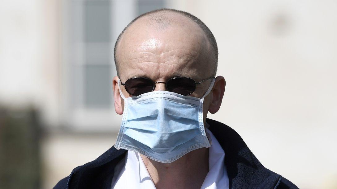 Lékař Martin Balík: U zdravých je hrozba těžké formy minimální, mám strach ze zneužití epidemie