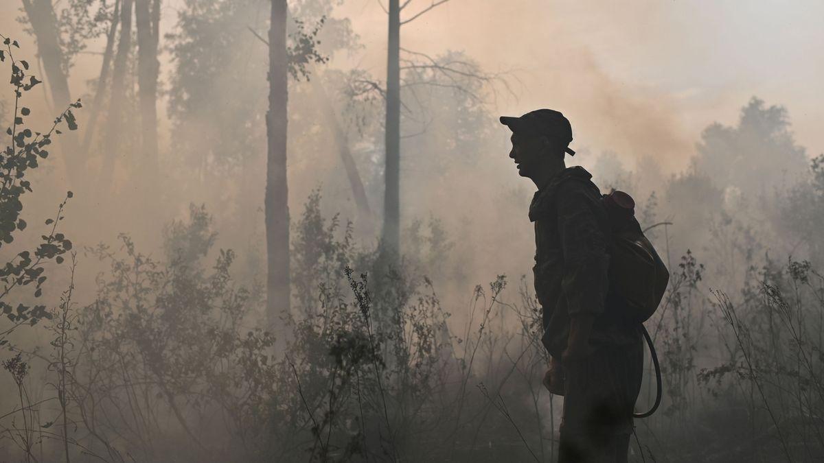 Kypr požádal EU a Izrael o pomoc při hašení lesních požárů