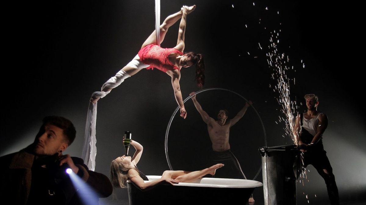 Losers Cirque Company nabízí on-line kabaret