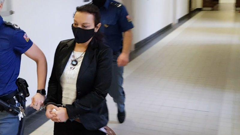 Za brutální ubodání známého potvrdil soud ženě 10 let vězení