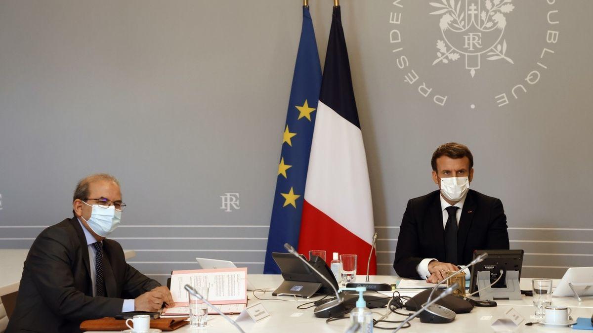 Zákony země nad islám. Francouzští muslimové přijali chartu sekulárních hodnot