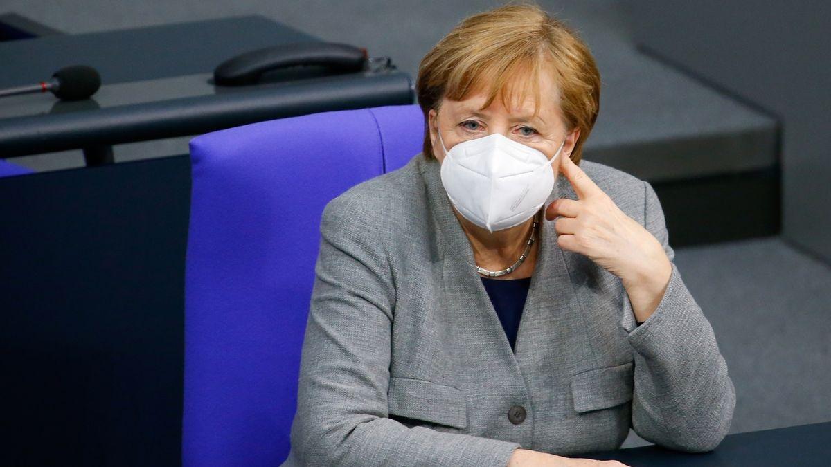 Němci stojí za Českem, ujistila Babiše Merkelová