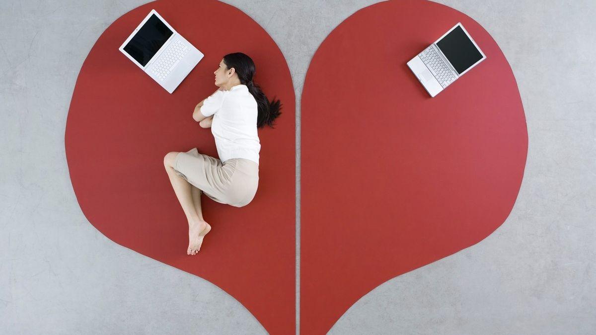 Jak poznat, že vztah na dálku už vyhořel