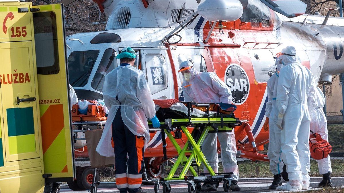 Zlínská nemocnice vrací pomoc, přijímá těžké případy z jiných krajů