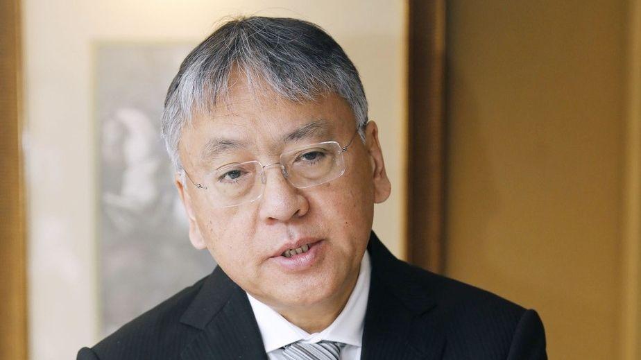 Držitel Nobelovy ceny Ishiguro: Autoři se cenzurují, bojí se lynče korektnosti