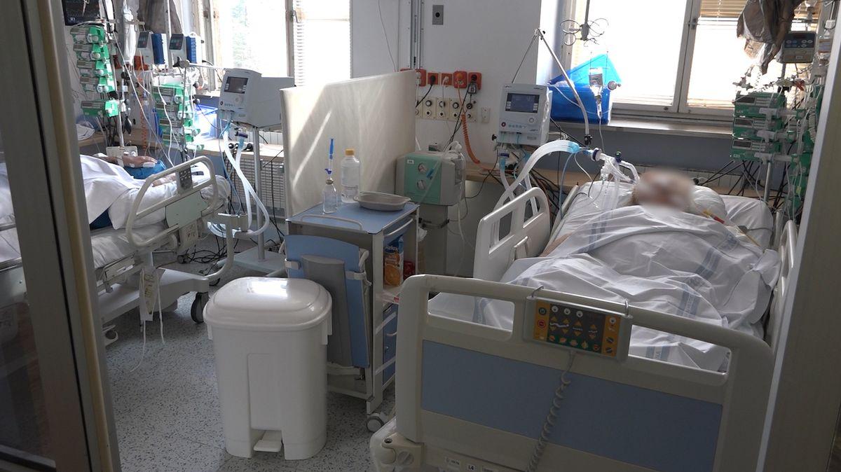 Několik nemocnic v ČR ošetřuje pacienty s covidem laserem