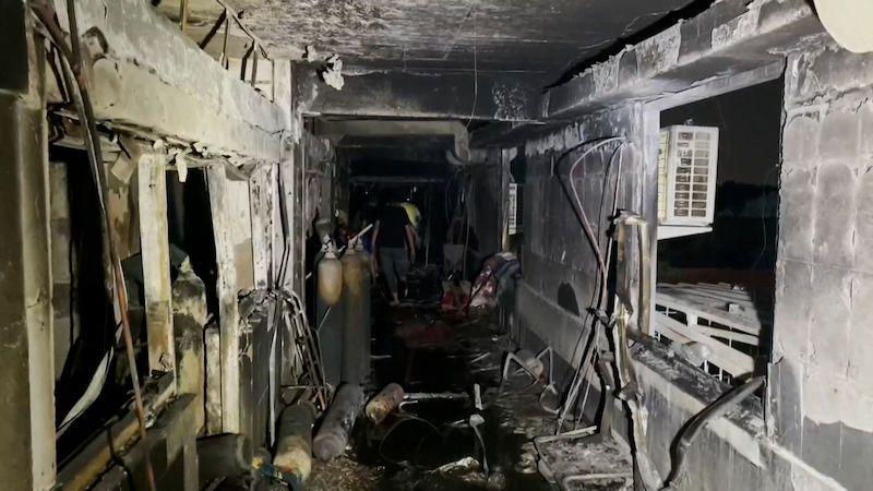 V Bagdádu vyhořela nemocnicie pro pacienty s covidem