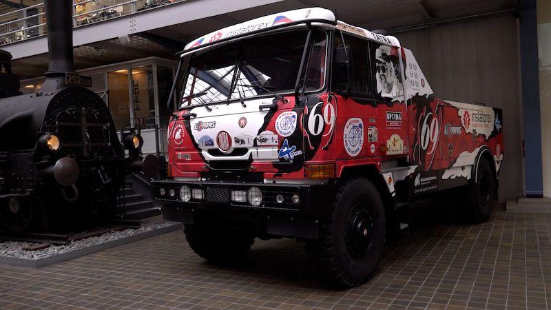 Legendární závodní Tatra, která vyhrávala Dakar, je vystavená v Národním technickém muzeu