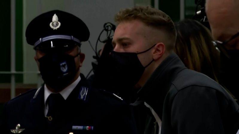V Itálii odsoudili na doživotí dva Američany za ubodání policisty