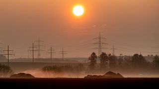 Teploty spadnou, víkend by ale mohly vylepšit sluneční paprsky