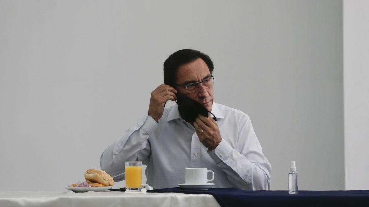 Exprezident Peru si přednostně zařídil čínskou vakcínu, covidem se stejně nakazil