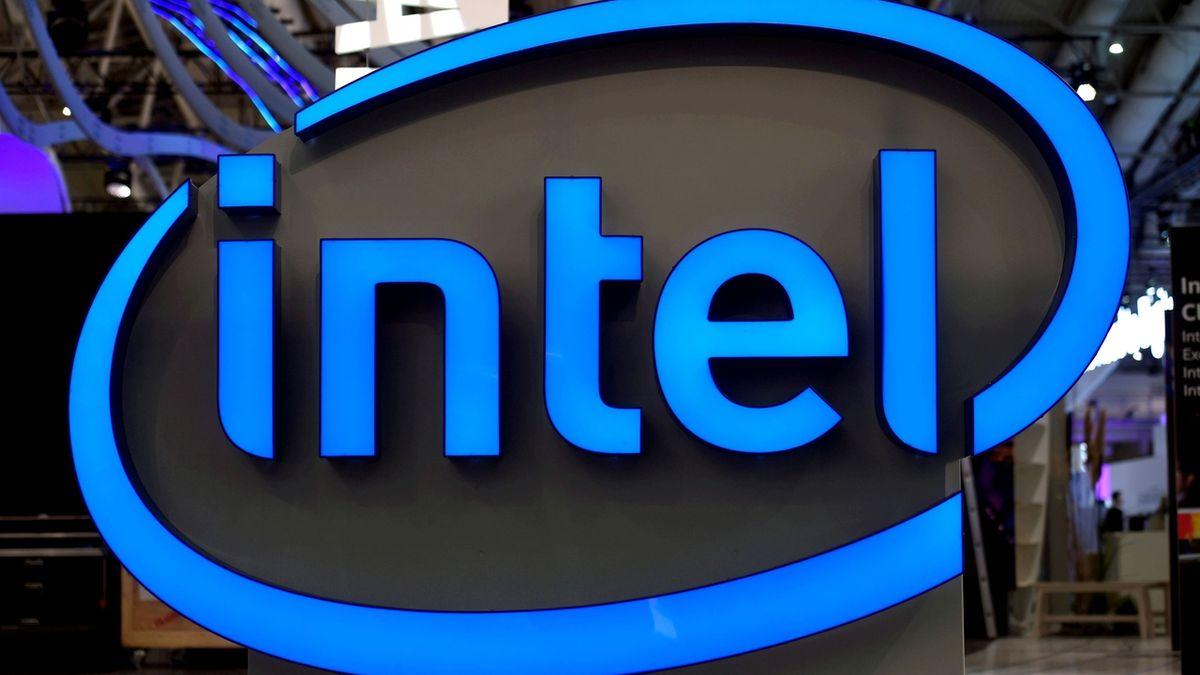Výrobce čipů Intel zvýšil tržby i zisk. Další výhled ale optimistický není