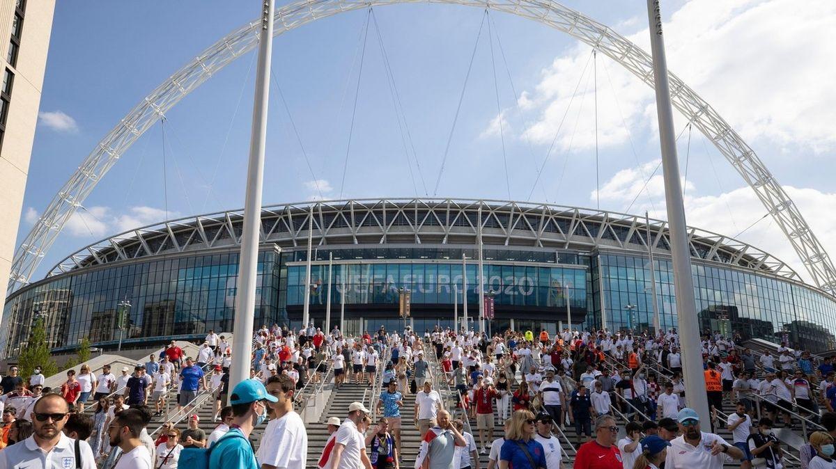 UEFA hrozí Britům, že jim sebere finále mistrovství Evropy