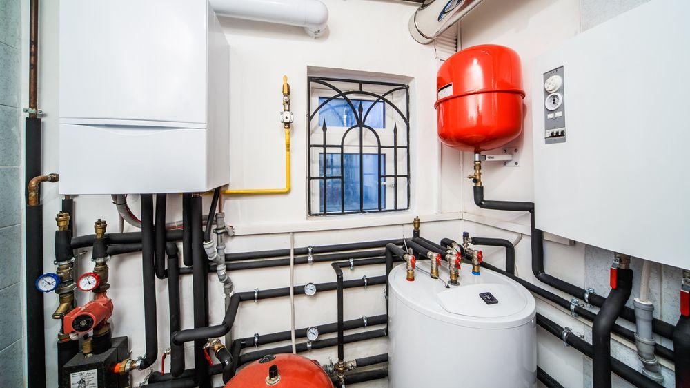 Je nejvyšší čas na výměnu starých kotlů. Vyplatí se plyn, či tepelné čerpadlo?