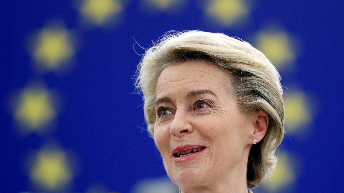 Brusel se znovu opřel do Polska a Maďarska. Tentokrát v hodnocení právního státu