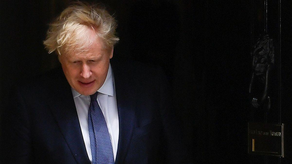 Johnson se zachoval nerozumně, ukázalo vyšetřování milionové rekonstrukce jeho bytu