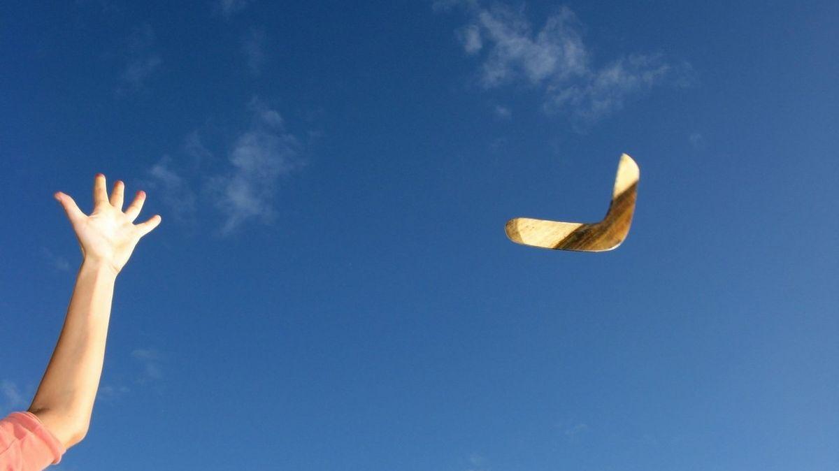 Bumerangy pomáhaly i při výrobě kamenných nástrojů