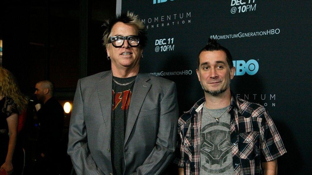 Offspring vyhodili bubeníka, protože není naočkovaný