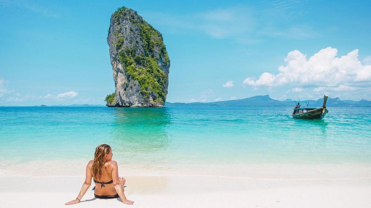 Thajsko zakázalo používání opalovacích krémů, které ničí korály