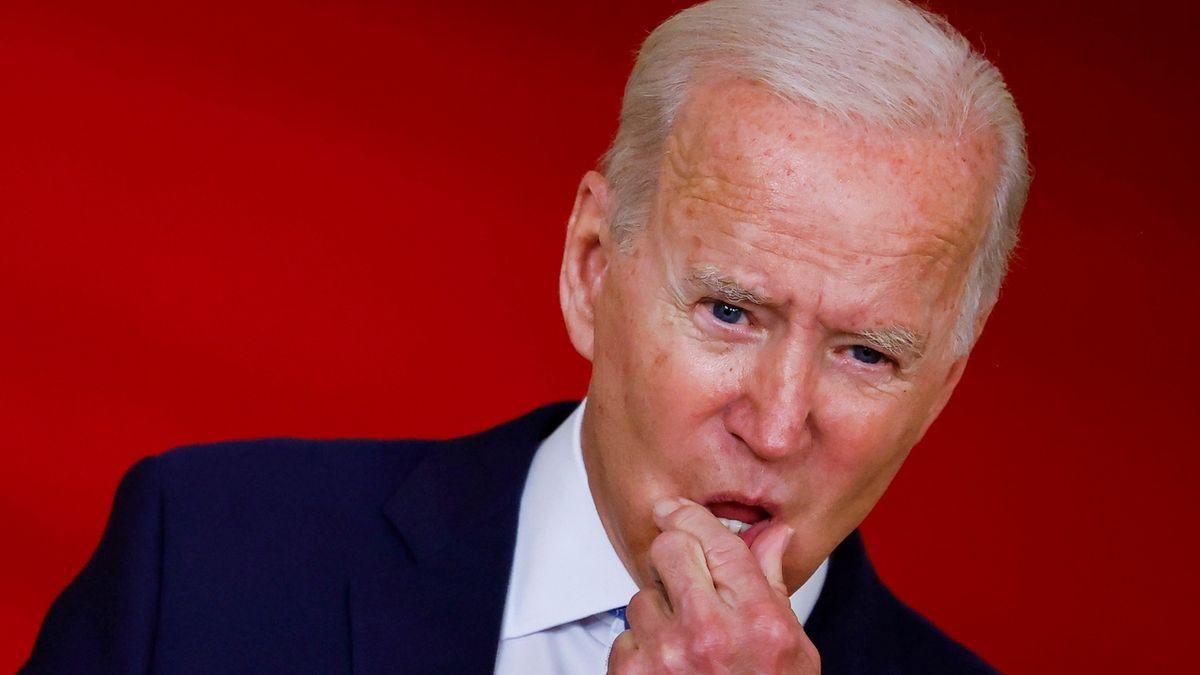Biden naléhal na Gháního, aby vylepšil dojem z boje proti Tálibánu