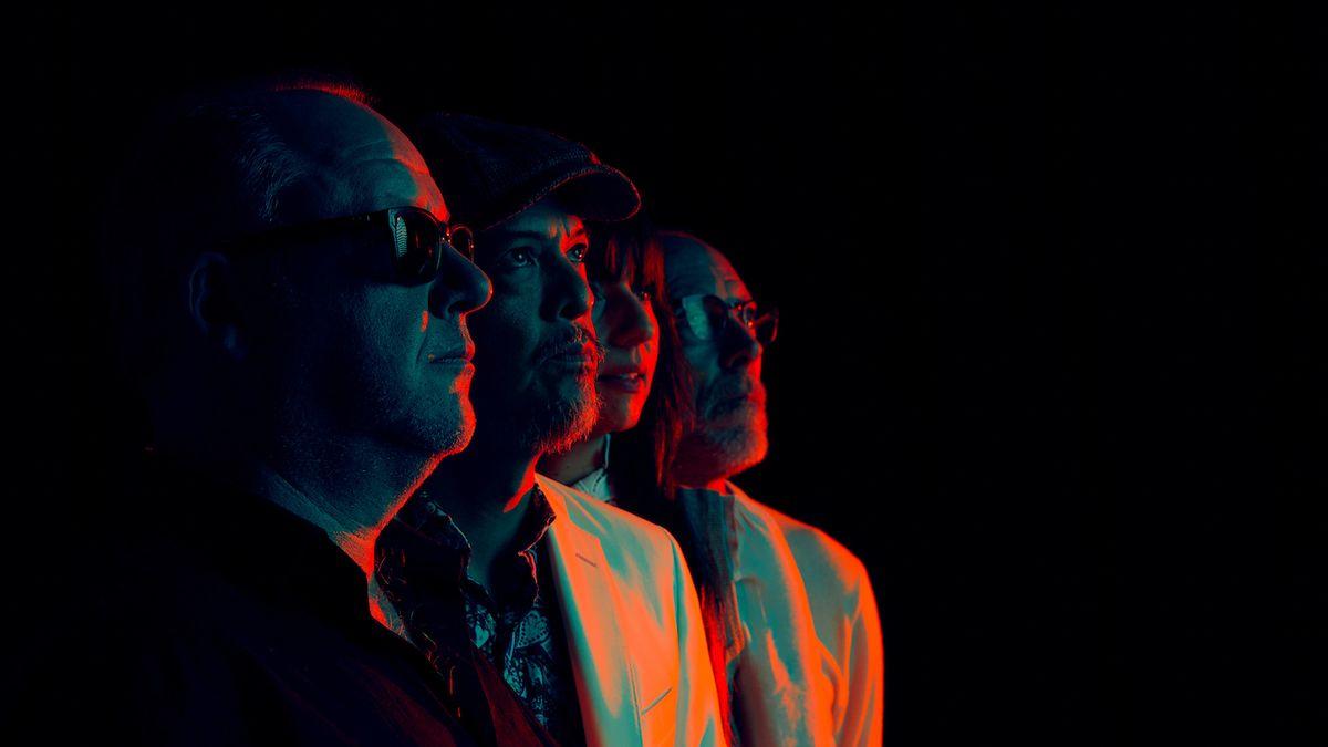 Do Prahy se v srpnu vrátí kultovní Pixies