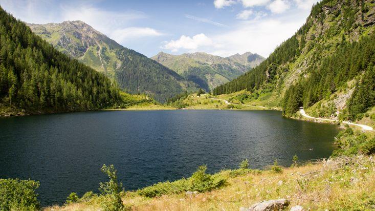 Vodní perly uprostřed mohutných hor. Zveme na výlety k proslulým alpským jezerům