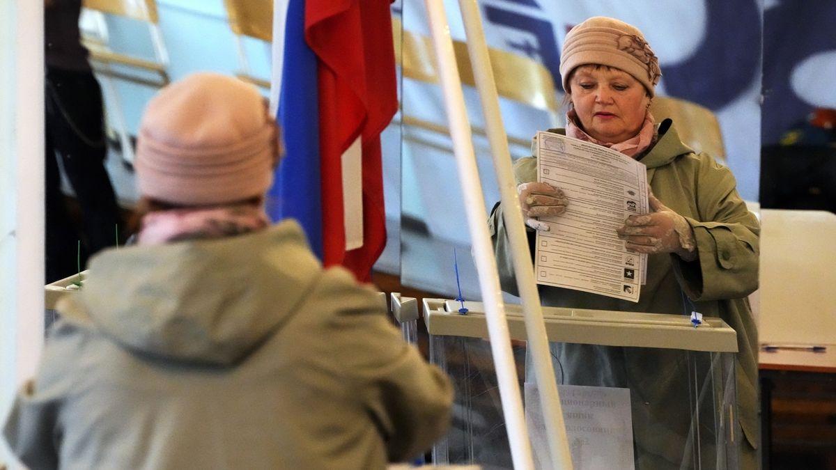 Putinovo Jednotné Rusko jasně vede ve volbách do Státní dumy