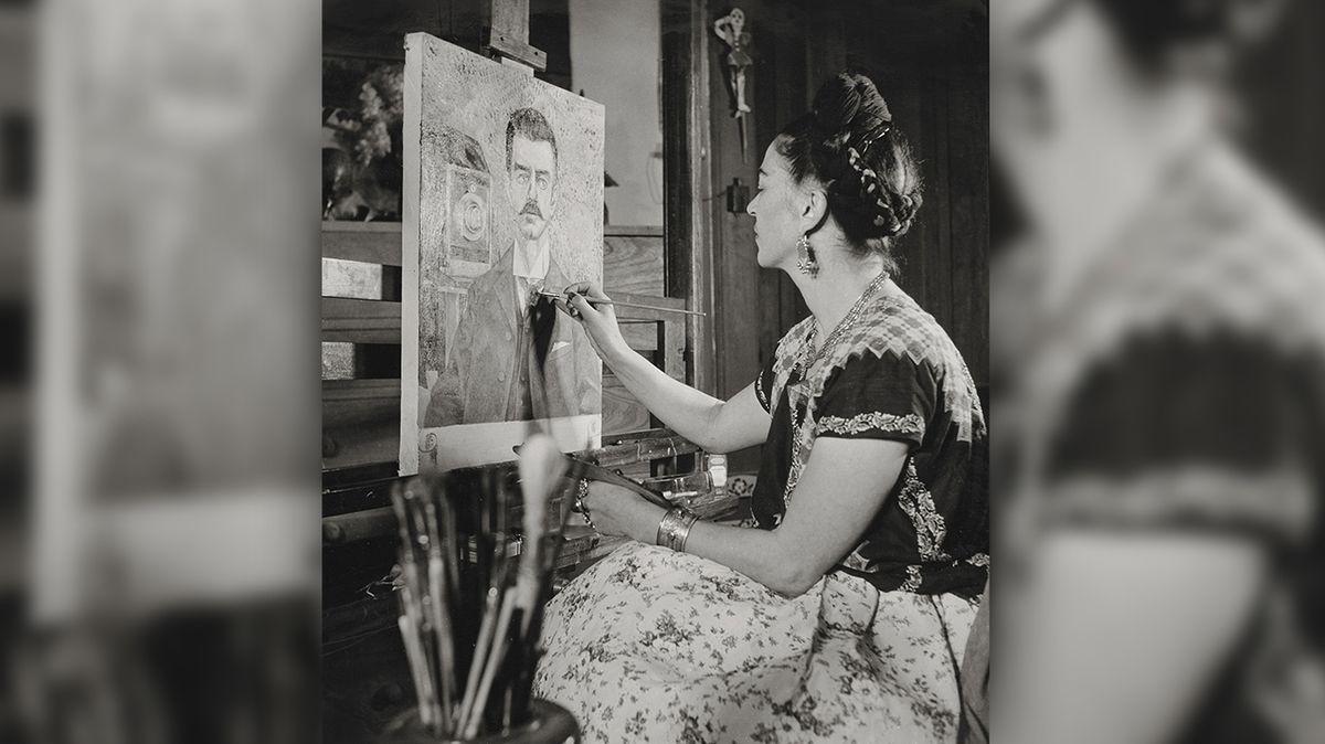 V Praze se koná výstava fotografií slavné mexické umělkyně Fridy Kahlo