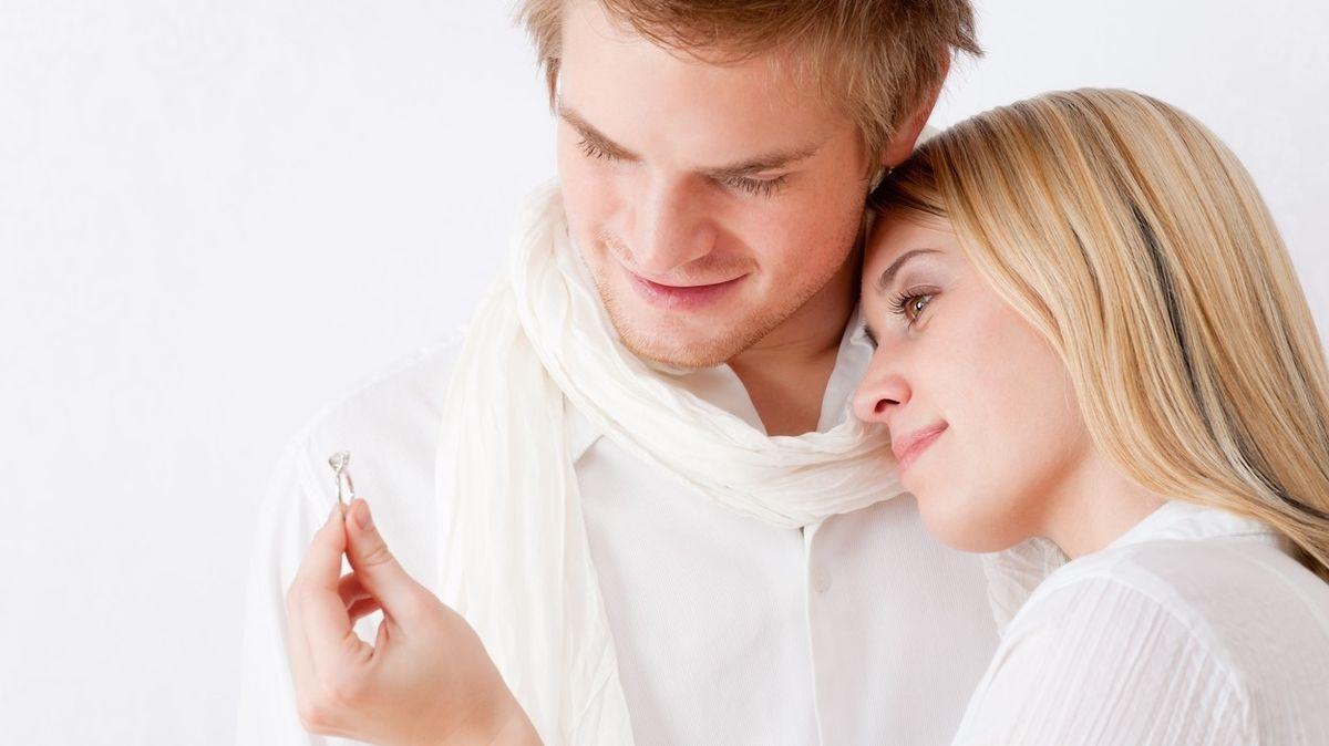 Šest otázek, které je dobré si zodpovědět, než začnete uvažovat o svatbě