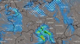 """Jih Evropy zasáhne """"vodní bomba"""" a orkán, sever zasypou přívaly sněhu"""
