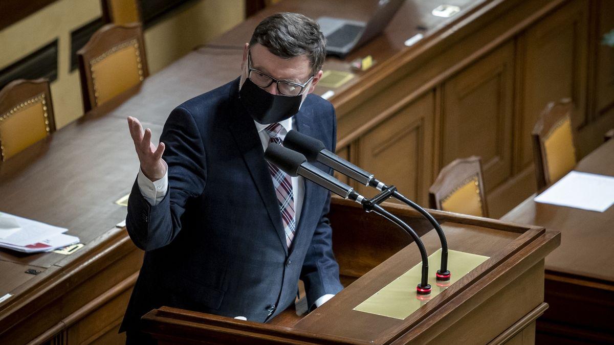 Stanjura: Vláda ztratila podporu, nejlepším řešením jsou předčasné volby