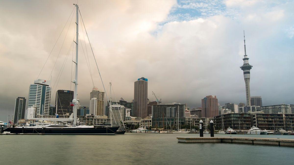 Jeden nakažený poslal dvoumilionový novozélandský Auckland do lockdownu