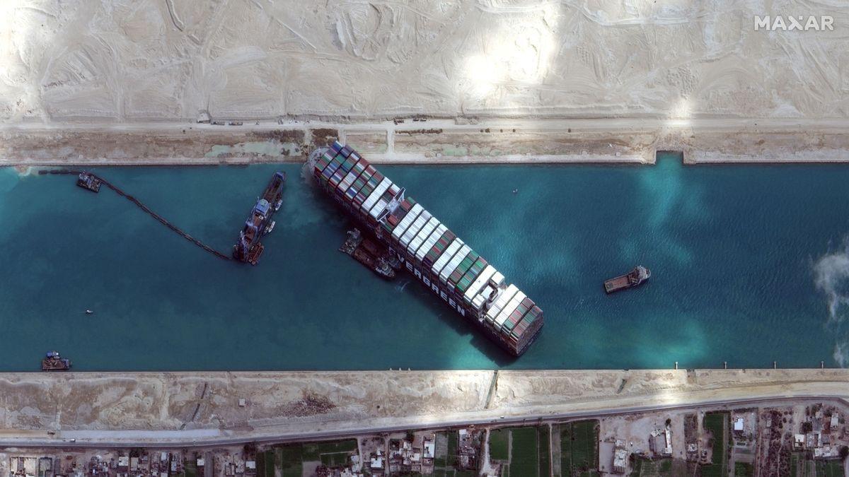 Egypt už rozšiřuje Suez