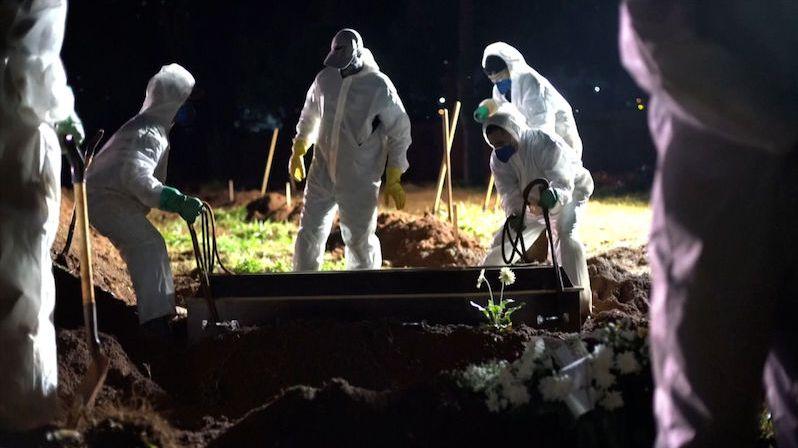 Brazilské pandemické pandemonium, umírá osm z deseti intubovaných