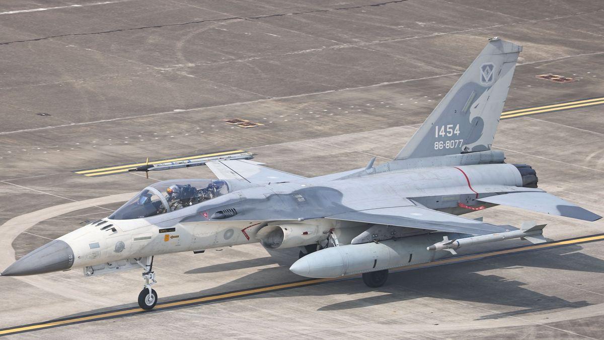 Musíme se připravit na válku, řekl tchajwanský šéf diplomacie