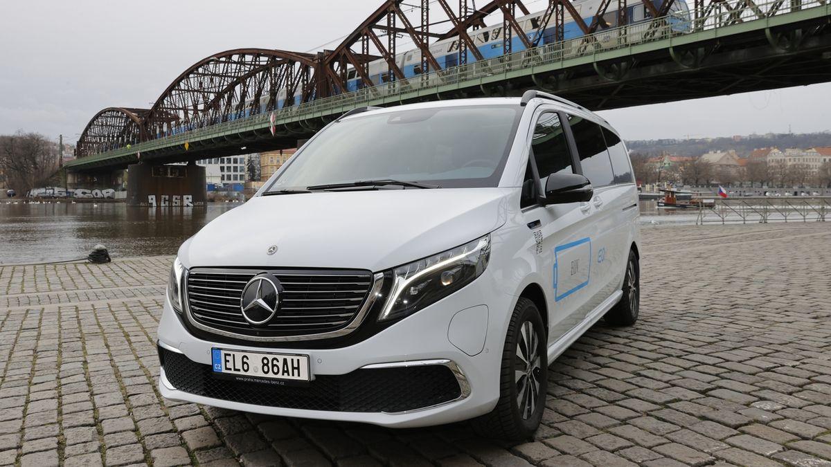 Test Mercedesu EQV 300: Komfortní elektromobil ve velkém balení