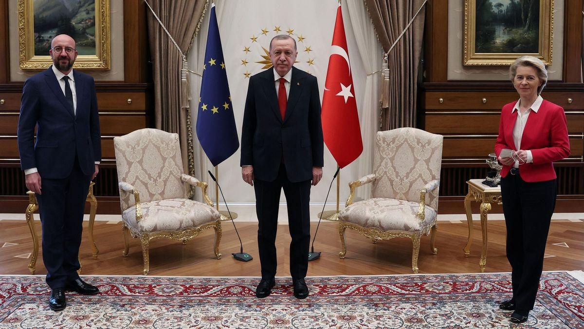 Unijní vůdci slíbili Erdoganovi posílení spolupráce výměnou za ústupky ve Středomoří