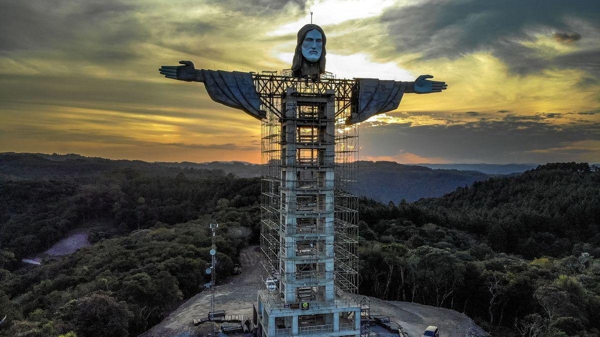 V Brazílii staví novou sochu Krista. Bude třetí nejvyšší na světě