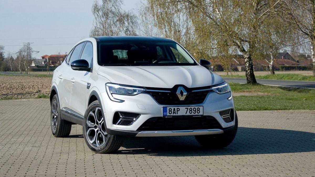 První jízda v Renaultu Arkana: Elegán příjemně překvapil