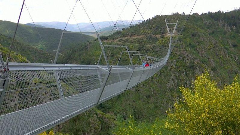 V Portugalsku otevřeli nejdelší pěší lávku, měří půl kilometru