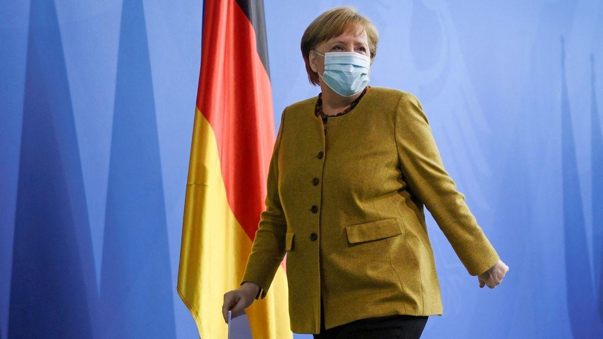 Merkelová se dočkala první dávky AstraZeneky