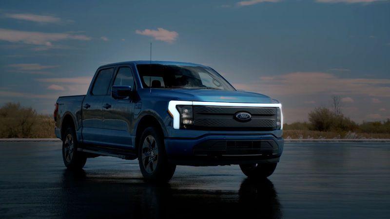 Nejprodávanější auto v USA se představuje v elektrické verzi